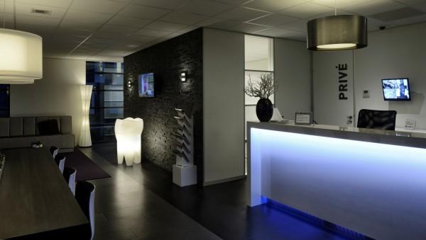 M-ONE Designer LED ZAHN-LAMPE mit Beleuchtung